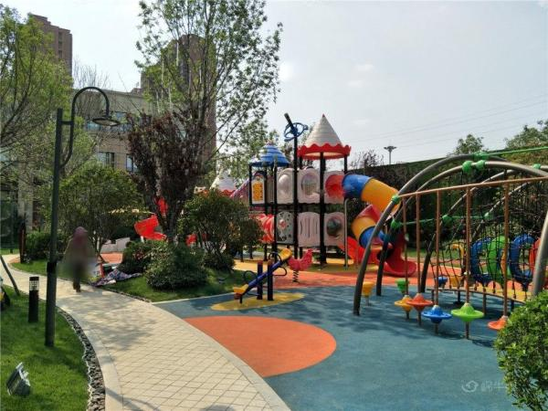 城投碧桂园中央公园实景图