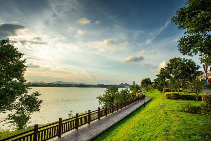 十里东岸·八期云翠谷实景图