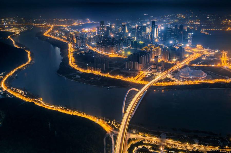 广西将加快建设面向东盟金融开放门户 将五象新区打造金融集聚区
